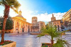 Discount 2-3nt 4* Valencia Break with Flights – Optional Tour! for just £79.00 Where: Valencia, Spain What's included: Return flights, a two or three-night 4* stay at Senator Parque Central Hotel, and flights. Travel dates: Travel on selected dates from 15th Oct 2017-22nd Mar 2018 (see Fine Print for details). From: London Stansted and Gatwick. Tour option: Head out on a Beer Bike Tour of Valencia from just £35.92pp. BUY NOW for just £79.00
