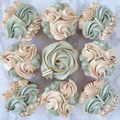 Pretty Cupcakes, Easter Cupcakes, How To Make Cupcakes, Cupcake Piping, Buttercream Cupcakes, Frosting, Cake Decorating Piping, Cookie Decorating, Decorating Ideas