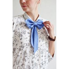 Blue Womens Bow Tie Girls Bow Tie Cute Blue Bow von PollyMcGeary