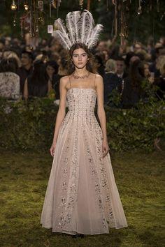 Готическая сказка Dior Haute Couture   Журнал Harper's Bazaar