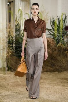 See the full Resort 2019 collection from Hermès.