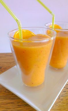 Yellow Smoothie - Sunshine & Goodness! #smoothie #fruit #food #health #glutenfree #celiac #coeliac