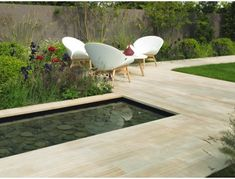Buy Stonemarket Cordara Natural Stone Paving from Turnbull, an Indian sandstone paving with a reminiscent of wood. Contemporary Garden Design, Modern Landscape Design, Landscape Plans, Garden Landscape Design, Modern Landscaping, Garden Landscaping, Landscaping Design, Paving Slabs, Paving Stones
