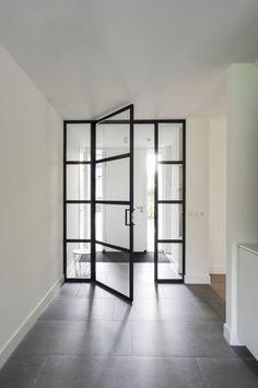 Glazed separation between hallway and potentially kitchen - as an alternative to open plan ? Interior Windows, Interior Barn Doors, Sliding Glass Door, Sliding Doors, Internal Folding Doors, Interior Paint Colors For Living Room, Entrance Doors, Doorway, Entrance Ways