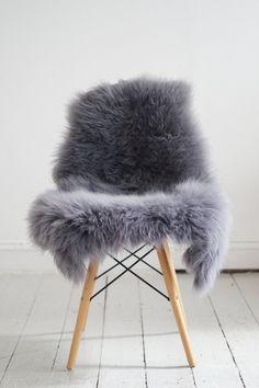 Lammeskind grå (indfarvet) - 60 x 100 cm - RumRum