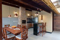Form Platform With Grill - Itapissuma (Pernambuco) Home Design Decor, House Design, Home Decor, Simple Outdoor Kitchen, Rooftop Terrace Design, Backyard Patio Designs, Pool Backyard, Deck Decorating, Diy Deck