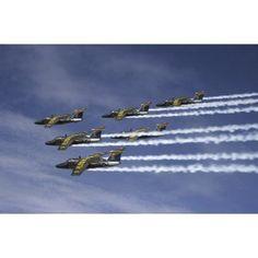 Saab 105 jet trainers of the Swedish Air Force display team Team 60 Canvas Art - Daniel KarlssonStocktrek Images (35 x 23)