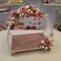 Diy Wedding Ring, Wedding Notes, Ring Pillow Wedding, Diy Wedding Bouquet, Wedding Gift Hampers, Wedding Gift Wrapping, Wedding Gift Boxes, Creative Wedding Gifts, Creative Gift Wrapping
