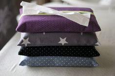 Atchoum ! (article totalement copié, même le titre) - L'autre atelier Diy Accessoires, Pouch Pattern, Creation Couture, Tissue Holders, Diy Tutorial, Creations, Sewing, How To Make, Inspiration