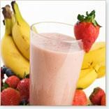 Fruit smoothies are a popular refreshment not only for adults but even for the little ones as well. With their natural sweet flavors, it is no wonder that many children love fruit smoothies and can… Fruit Smoothies, Smoothies Banane, Smoothie Proteine, Flaxseed Smoothie, Strawberry Banana Smoothie, Easy Smoothies, Breakfast Smoothies, Strawberry Delight, Banana Berry