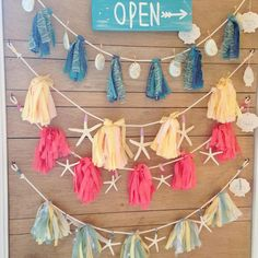 decoration ideas - bunting, starfish and tassels