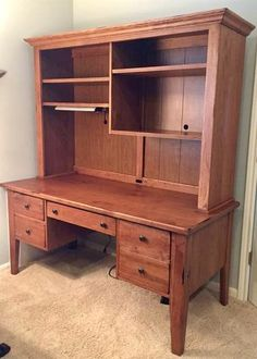 Broyhill Attic Heirlooms Desk With Hutch Top In Warm Oak Stain