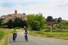 #Cycling around Sablet  ©Alain Hocquel-ADTVaucluse #Vaucluse #Provence #vélo #CôtesduRhône