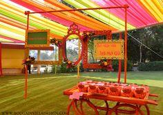 The Colorful Mithu-Miyaa Mehendi Décor Done By Bougainvilla Design in Jaipur - Blog | ShaadiSagaBlog | ShaadiSaga