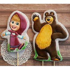 """❄❄ Медово-имбирные пряничные топперы на именинный тортик! Маша и медведь! Маша-13""""9см. Миша-16""""11.5см. #люблю_готовить #медовые_прянички #имбирные_прянички #ручнаяработа #сладкий_подарок #подарок #подароксвоимируками #пряникдетям #пряникнаденьрождения #пряниктоппер #топпервторт #пряникмашаимедведь #пряникназаказ #пряниккрасноярск #праздниккнамприходит #праздник"""
