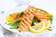 10 Health Benefits Of A Low Carbohydrate Diet - Healthy Living How To Grilled Salmon Recipes, Fish Recipes, Grilled Fish, Grilled Peppers, Baked Salmon, Seafood Recipes, High Protein Recipes, Healthy Recipes, Protein Foods
