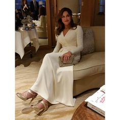 Caitlyn Jenner in Atelier Versace gown, Beladora jewelry and  Stuart Weitzman shoes and bag – 2015 ESPY Awards #ESPYs @versaceofficial @stuartweitzman @beladoradotcom