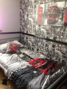 Mandi's son's London themed bedroom. Matching accessories carry the theme perfectly
