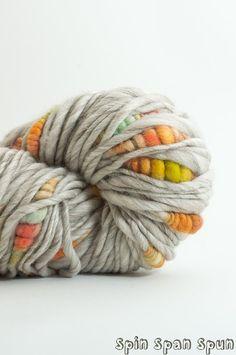 Les Premieres Fleurs, pour la plupart Merino, CoilSpun BeeHive Yarn de Art filé HandDyed filé, 55 yards
