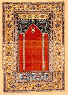 Turkish Rugs: Antique Ghiordes Prayer Rug 1st half 18th Century