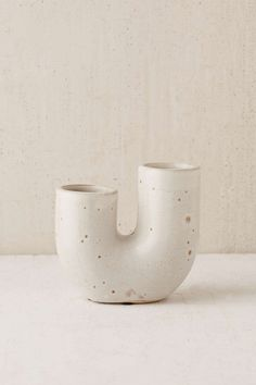 Shop Ikebana Vase at Urban Outfitters today. We carry all the latest styles, colors and brands for you to choose from right here. Ikebana, Modern Planters, Indoor Planters, Urban Outfitters, Vase, Mercure Hotel, Cheap Rugs, Room Planning, Plant Shelves