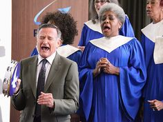 """Remembering Robin Williams: His Life in Pictures 