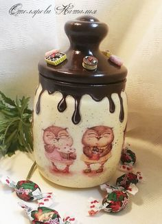 Новости Decoupage Jars, Decoupage Vintage, Decoupage Paper, Wine Bottle Art, Diy Bottle, Bottle Crafts, Jar Art, Painted Jars, Altered Bottles