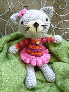 Kitty Kat Amigurumi Pattern