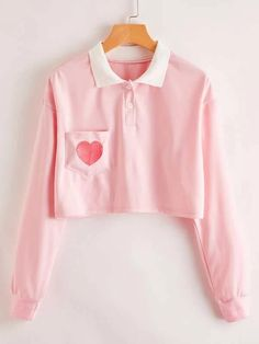 Teen Fashion Outfits, Girl Outfits, Casual Outfits, Cute Outfits, Bell Sleeve Crop Top, Bell Sleeves, Korea Fashion, Fashion News, Spring T Shirts