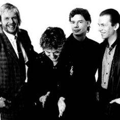 Rick Wakeman, Jon Anderson, Bill Bruford, and Steve Howe of Yes