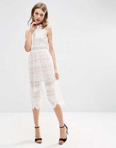 Vestidos blancos troquelados: fotos de los modelos - Vestido troquelado Asos…