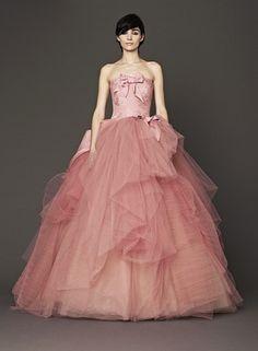 ヴェラ・ウォン ブライド銀座本店(VERA WANG BRIDE)  VERA WANG BRIDE - № 4094 Nora/アイボリー