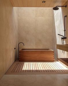 Bathroom Decors Ideas : Wooden bath with black taps Badezimmer Dekore Ideen: Holzbadewanne mit schwarzen Armaturen Wooden Bathroom, Marble Bathrooms, Master Bathrooms, Dream Bathrooms, Beautiful Bathrooms, Wood Bath, Small Bathrooms, Skylight Bathroom, Wood Tub