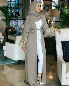 Saudi Abaya fashion www.justtrendygir… Saudi Abaya fashion www. Muslim Women Fashion, Modern Hijab Fashion, Street Hijab Fashion, Hijab Fashion Inspiration, Arab Fashion, Islamic Fashion, Modest Fashion, Fashion Outfits, Ideas Hijab