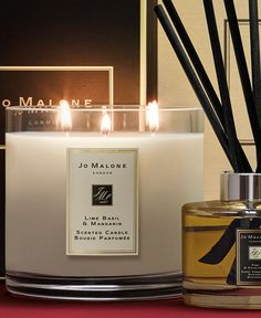 Jo Malone London | Theatre of Christmas | Lime Basil & Mandarin Deluxe Candle