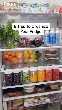 Refrigerator Organization, Kitchen Organization Pantry, Small Space Organization, Home Organization Hacks, Organized Fridge, Organized Home, How To Organize Fridge, Chest Freezer Organization, Fridge Storage