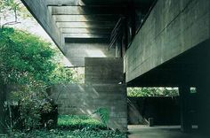 The Paulo Mendes da Rocha Residence in São Paulo, Brazil by Paulo Mendes da Rocha, 2006 Pritzker Architecture Prize Laureate