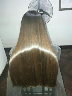 Beautiful Long Hair, Gorgeous Hair, One Length Hair, Long Brunette Hair, Dipped Hair, Costume Noir, Grunge Hair, Rides Front, Super Long Hair