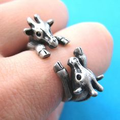 Adjustable Realistic Double Giraffe Animal Hug Wrap Ring I need this for my #derbywife and I