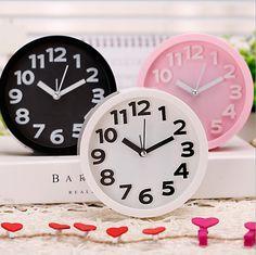 a7d5ac1001a Barato Mini Portátil Transparente de Quartzo relógio digital eletrônico  nixie relógio de Mesa Relógio de Mesa