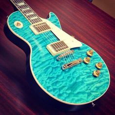 Gibson Les Paul Standard Quilt in Aqua. lang Thanks for the pins. Keep up the quest! Easy Guitar, Guitar Tips, Cool Guitar, Guitar Lessons, Les Paul Standard, Gibson Les Paul, Epiphone, Gretsch, Fender Stratocaster