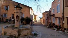 """provencetoujours: """"La place du village de Flassan """""""