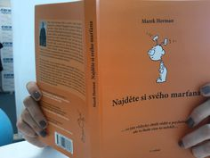 Vo svojej knihe Najděte si svého marťana sa Marek Herman venuje s citom popisuje svet malých detí. Lemonade, Baby Kids, Articles, Bottle, Books, Libros, Flask, Book, Book Illustrations