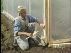 How to Build Cold Frames and Hoop Houses for Your Winter Garden, - Winter garten Heating A Greenhouse, Cheap Greenhouse, Aquaponics Greenhouse, Greenhouse Effect, Build A Greenhouse, Backyard Greenhouse, Greenhouse Ideas, Homemade Greenhouse, Eliot Coleman