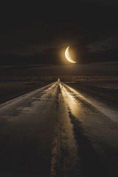 Midnight Highway | Fantasy Road Trip | Road Trip | Road | Road photo | on the road | drive | travel | wanderlust | bucket list | landscape photography | photographer |  Schomp MINI