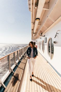 A FIRST TIMER'S GUIDE TO TAKING AN ALASKA CRUISE | We Are Travel Girls Disney Cruise Pictures, Cruise Ship Pictures, Vacation Pictures, Travel Pictures, Alaska Cruise Tips, Alaska Travel, Carnival Cruise Alaska, Cruise Travel, Packing For A Cruise