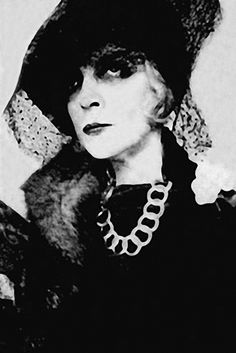 The magnificent, Marchesa Luisa Casati.