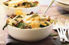 Need a satisfying meatless pasta recipe? Then try our recipe for Pasta Bake with Cheese, Mushrooms and Kale. It's a great choice for Meatless Monday's!