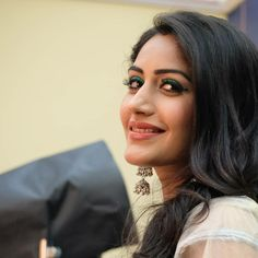 The story is about when Shivaay and Anika met through their families … Celebrity Couple Costumes, Celebrity Couples, Bollywood Actress Hot Photos, Bollywood Fashion, Surbhi Chandna, Tv Girls, Bridal Bangles, Only Girl, Actor Model