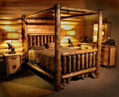Logheads Grizzly Canopy Bed from Rocky Top Log Furniture.  Second bedroom upstairs.